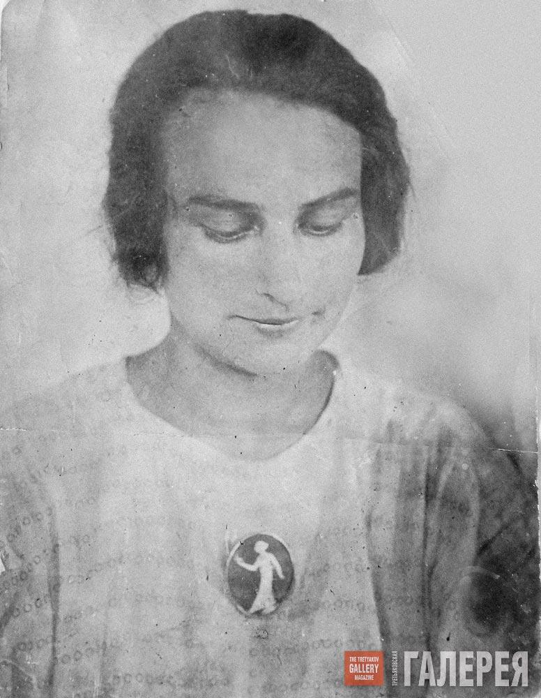 "Vera Golubkina (the artist's niece) wearing the cameo ""Girl with the Lantern"""