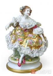 "Sculptural composition of Tamara Karsavina as Columbine from the ballet ""Carnava"