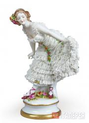 "Sculptural composition of Anna Pavlova as Kitri from the ballet ""Don Quixote"""