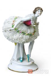 "Sculptural composition of Yekaterina Geltzer from the ballet ""Bacchanalia"""