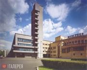 Pare Richard. Kirov District Soviet Building