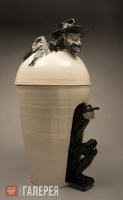 Granchi Andrea. Vase-canopa with the author's effigy on the lid, with black anim