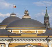 Александр Цигаль, Владимир Цигаль. Статуя Георгия Победоносца на куполе здания С