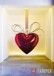 Джеф Кунс. Подвешенное сердце (красное/золотое). 1994–2006