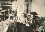 Anna Golubkina and Yelena Shishkina-Golinevich in the artist's studio. 1903