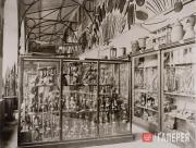 Первая постоянная экспозиция Музея этнографии  (будущий Музей Линдена) в Торгово