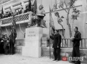 The unveiling of the monument to Ivan Aivazovsky next to the main façade of the