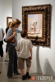 Посетители перед картиной В.В.Верещагина «Смертельно раненный»
