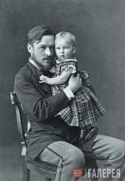 Konstantin Rukavishnikov and his daughter Yevdokia. 1870s