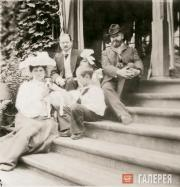 From left to right, Gurly Telyakovskaya, Vsevolod Telyakovsky, ...