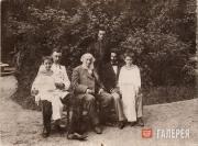 Ivan Aivazovsky with his grandchildren. 1890s