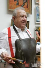 Zurab Tsereteli in his studio. 2008