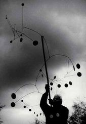 Ugo MULAS. Alexander Calder with Snow Flurry, Saché. 1963