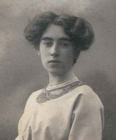 Yevgenia Kirkaldi. Photo. Circa 1910