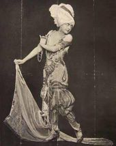 "Flora Reval in the production of the ballet ""Scheherazade"" during Serge Diaghilev's company's tour in New York. 1916"