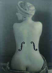 Le Violon d'Ingres. 1924