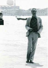 Zoran Mušič. Photo by Mimmo Dabbrescia. Venice, 1980-s