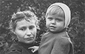 Adelaida Pologova with her son Alyosha. July 1956