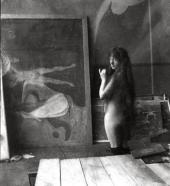 МОДЕЛЬ В МАСТЕРСКОЙ МУНКА В БЕРЛИНЕ. 1902. ФОТО: ЭДВАРД МУНК