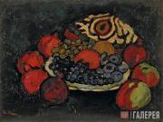 Mashkov Ilya. Still-life with Pomegranates, Crapes and a Skull-cap. 1909