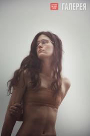 """Eliza Douglas in Anne Imhof's """"Angst II"""""""