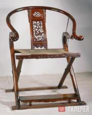 Кресло с круглой спинкой из желтого палисандра