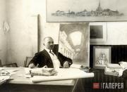 Alexei Shchusev in the design studio of the Kazan Railway Station. 1914-1915