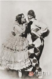 """Vaslav Nijinsky and Tamara Karsavina in the ballet """"Carnaval"""""""