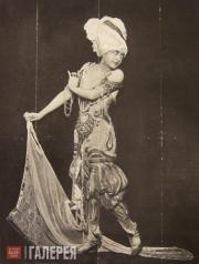 "Flora Reval in the production of the ballet ""Scheherazade"" during Serge Diaghile"