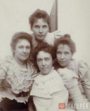 Pavel Tretyakov's daughters
