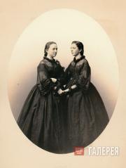 Vera Nikolayevna Mamontova and Zinaida Nikolayevna Mamontova
