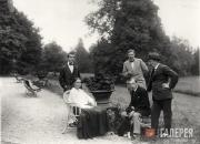 Left to right, Léonide Massine, Mikhail Larionov, Léon Bakst (standing); ...