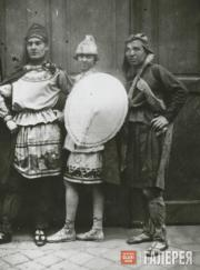 Ладо Гудиашвили (слева) и Серж Фотинский (в центре)
