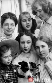 Pavel Tretyakov's granddaughters