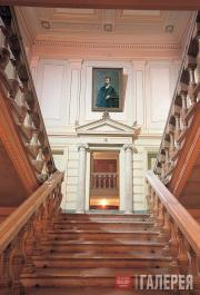 The grand staircase in the house in Prechistensky Boulevard. Modern view