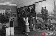 "At the ""Best Works of Soviet Art"" exhibition in Novosibirsk. 1942"