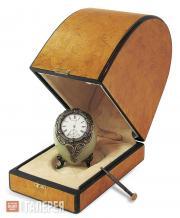 Мастерская Фаберже. Пасхальный сувенир «Часы-яйцо» в футляре. 1896–1903