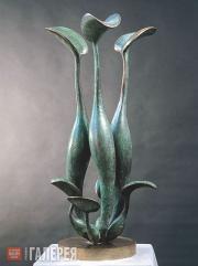 Рукавишников Иулиан Митрофанович. Вьетнамские лилии. 1993
