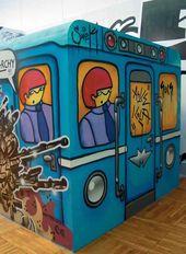 Group of graffiti artists «AbsurdMafia». Burn Moscow Burn. 2005