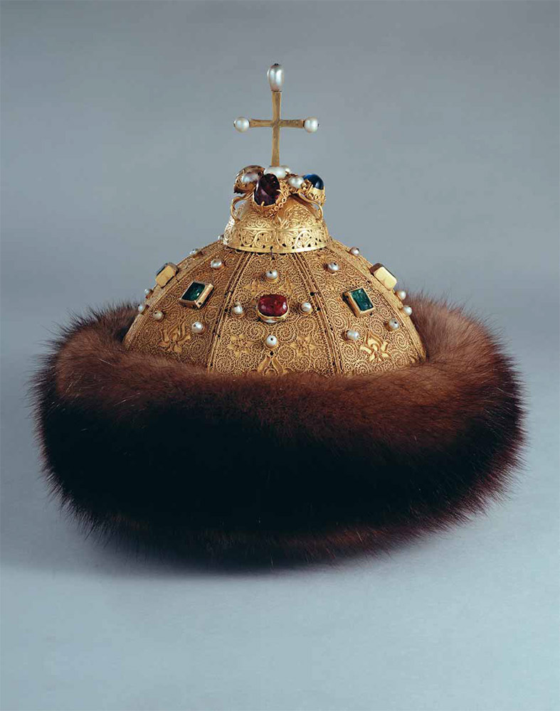 The Cap of Vladimir Monomakh. The East, late 13th – early 14th centuries