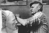 Vladimir Tsigal working on the portrait of Dmitry Karbyshev. 1966
