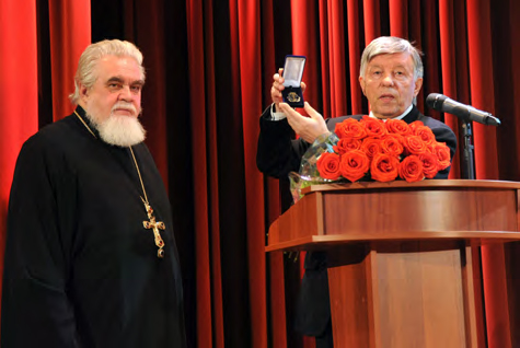 Nikolai Sokolov and President of the Foundation Viktor Bekhtiev