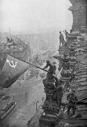 Yevgeny KHALDEI. Banner of Victory over the Reichstag. 1945.TASS Agency, May 4 1945