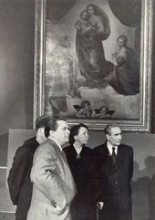 Pavel Korin in front of Raphael's Sistine Madonna. German Democratic Republic (East Germany). Photograph, 1956