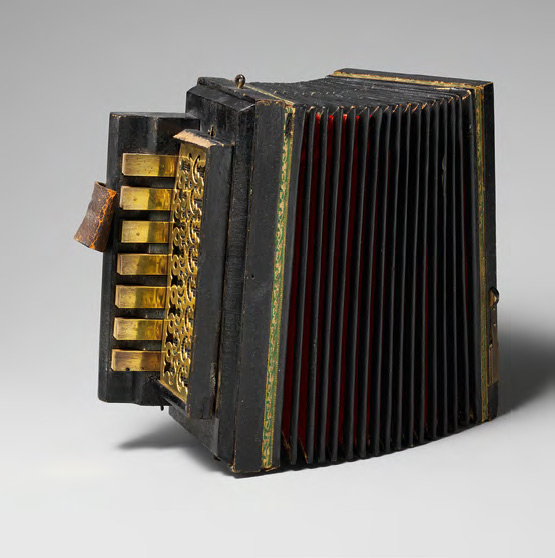 """Little Turtle"" Accordion (""Cherepashka""). 1870-1880"