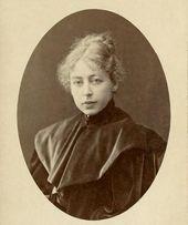 Maria Yakunchikova. Photograph. Mid 1890s