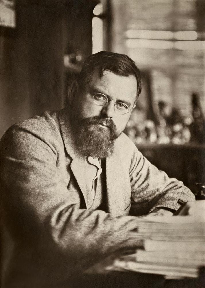 Leon Weber. Photograph. [1910s]