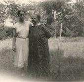 Alexandra Golshtein with her granddaughter Natalia Semyonova [1920s]