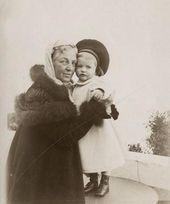 Zinaida Yakunchikova with Stepan Weber [1901]