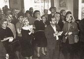 Visitors at Falk's exhibition at MOSKh Exhibition Hall in Begovaya Street. November, 1966